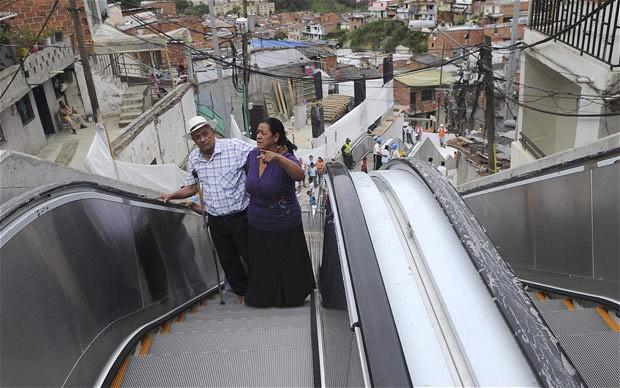 Medellin_escalator