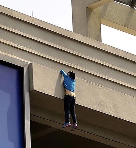 vide_suspendus_balcon