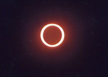 ECLIPSE-ANNULAIRE