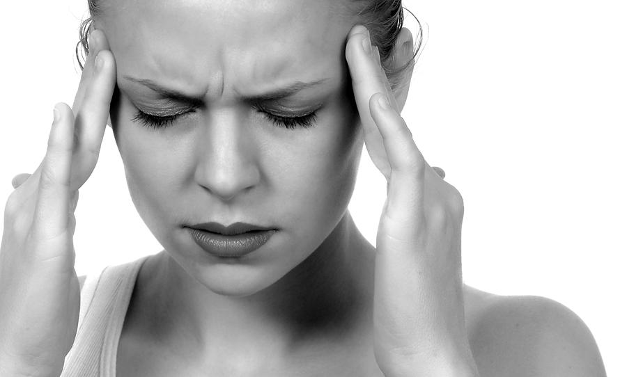 migraine-etude-genetique-recherche-science-medecine-probleme-douleur-aura