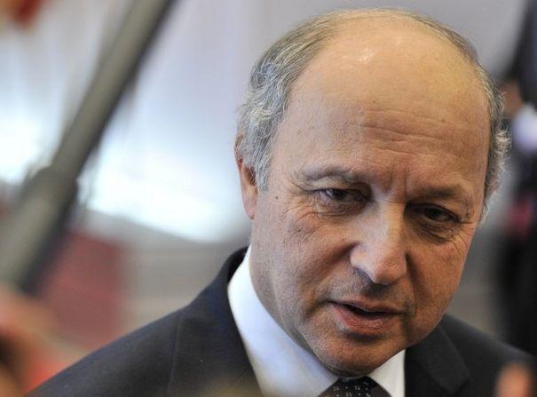 382649_le-ministre-des-affaires-etrangeres-laurent-fabius-le-23-juillet-2012-a-bruxelles